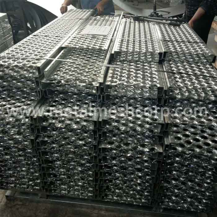 7 inch Perf O Grip Aluminum Grating