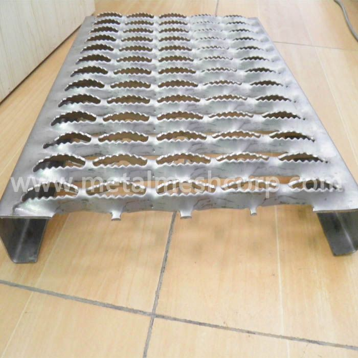 Stainless Steel Grip Strut Grating