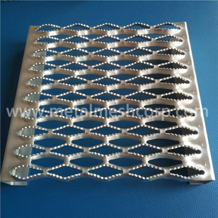 Anti-Slip Metal Grating