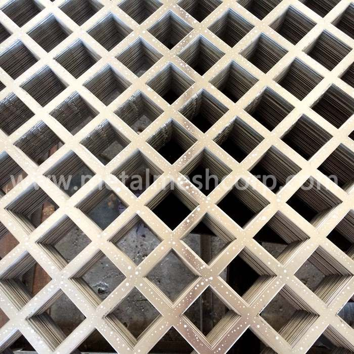Square Hole Perforated Sheet