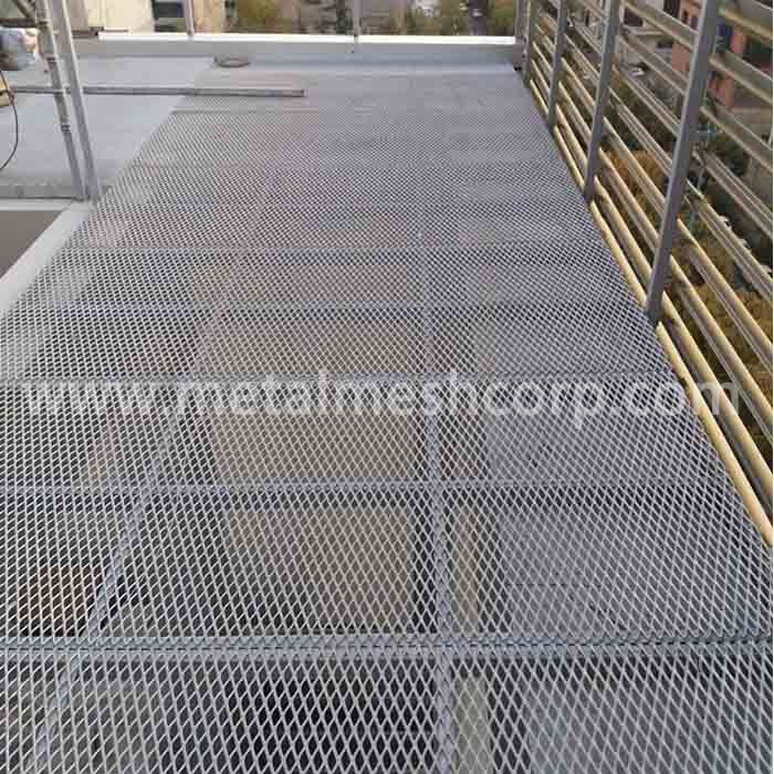 Flat Expanded metal for Flooring Plate